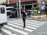 Philippine city forbids use of gadgets while walking in public places