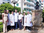 Cuban health experts work in Quang Binh province