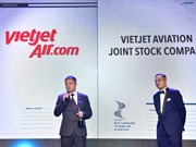 Vietjet among VN winners of 'Best companies to work for in Asia' award