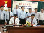 Vietnam News Agency signs information cooperation with Ninh Thuan province