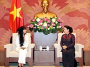 NA leader hosts head of France-VN Friendship Parliamentary Groups