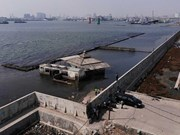 Indonesia considers building giant sea wall