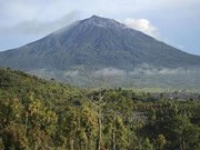 Indonesia issues flight warning as volcano erupts on Sumatra Island