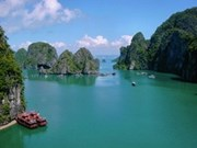 Ha Long Bay enters final round of wonder voting