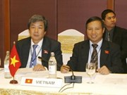 Vietnam puts forth three initiatives at AIPA-30
