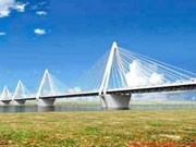 Nhat Tan bridge's largest contract signed