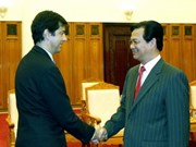 PM Dung meets with Spanish, Algerian ambassadors