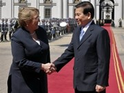 Vietnamese, Chilean leaders hail efforts to sign BTA