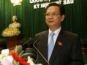 Economy escapes decline, PM says