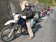 Foreigners maybe allowed to bring motorbikes to VN