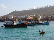 VN asks China to end wrong acts against fishermen