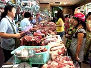 Plunge in pork prices puts pressure on producers