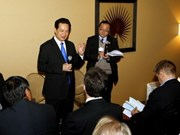 PM Dung spotlights role of forecasting at Davos forum