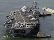 Vietnam's delegation visits US aircraft carrier