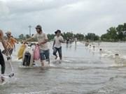 Central floods kill 28, leave seven missing
