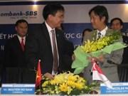 Sacombank signs strategic investment agreement