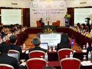 Telecommunications forum opens in Hanoi