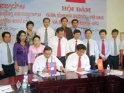 VN, Lao localities boost sustainable cooperation