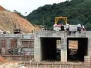 Vietnamese, Chinese contractors ink tender contract