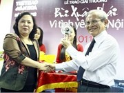 Historian wins 'Love for Hanoi' award