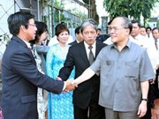 NA Chairman meets OVs in Cambodia