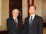 Vietnamese, Chinese leaders cement ties