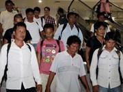 Philippines hands over fishing vessels to Vietnam