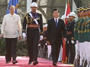 Vietnamese, Philippine Presidents hold talks