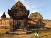 Cambodia, Thailand to re-boost investment ties