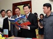Books on Vietnam, Laos special ties make debut