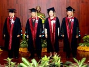 Lao leaders presented with Honourary Doctorates
