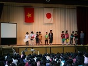 Japanese pupils learn about Vietnam