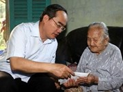 Tet gifts reach the needy