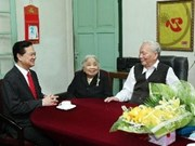 New Year visits for former Party, State leaders