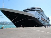 First cruise ships dock at Nha Trang, Da Nang