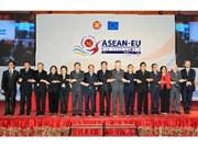 ASEAN-EU business summit opens in Hanoi