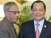 HCM City leaders visit India