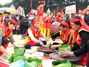 Phu Tho holds first traditional cake making contest
