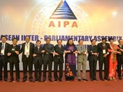 ASEAN parliaments look to green growth, poverty reduction
