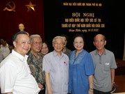 Party leader meets with Hanoi voters