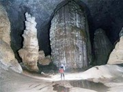 Vestiges of world's largest cave found in Quang Binh
