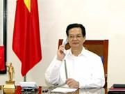Vietnamese, Japanese PMs hold phone talks