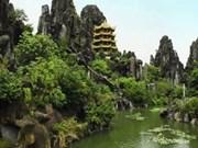 Five-element mountains amaze visitors