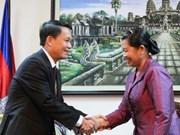 Cambodian Deputy PM receives VNA Director General