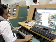 Cash flow helps lift Vietnamese markets