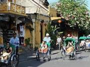 """US chef Robert Danhi to host """"Taste of Vietnam"""""""