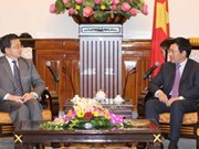 Vietnam, China officials talk border, territory issues