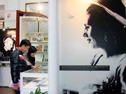 Photos of Evita lure Hanoi visitors