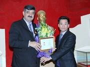 Vietnam honours SOS Children's Villages Int'l President