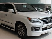 Vietnam imports 34,500 autos, Lexus goes south